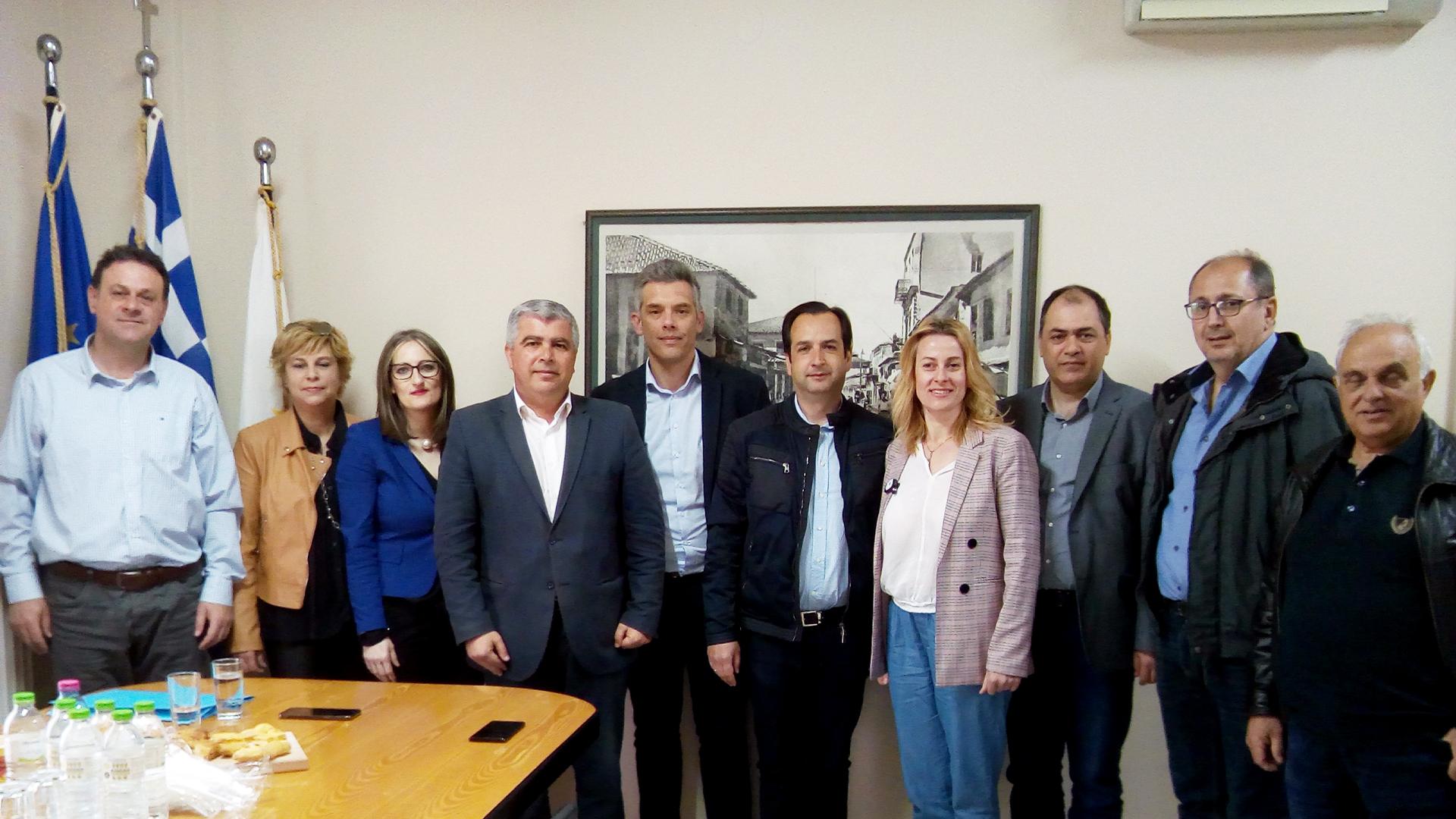 ΔΕΛΤΙΟ ΤΥΠΟΥ :  Συνάντηση συνεργασίας του Υπ. Δημάρχου Νίκου Γεωργάκου & της ομάδας του Τομέα «Ανάπτυξη» του συνδυασμού «ΔΗΜΟΣ ΤΗΣ ΚΑΡΔΙΑΣ ΜΑΣ!» με τον Πρόεδρο και στελέχη του Επιμελητηρίου Πρέβεζας