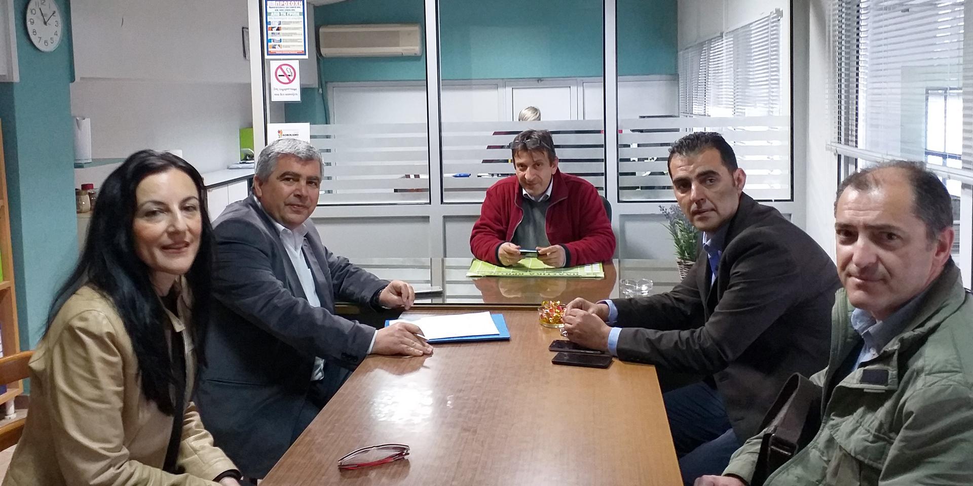 Επίσκεψη ενημέρωσης & συνεργασίας του Υπ. Δημάρχου κ. Νίκου Γεωργάκου στους Αγροτικούς Συνεταιρισμούς στη ΒΙΠΕ Πρέβεζας συνοδεία υποψηφίων του συνδυασμού «ΔΗΜΟΣ ΤΗΣ ΚΑΡΔΙΑΣ ΜΑΣ!»
